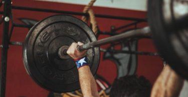 Victory Raise als Schulterübung für die komplette Schulter
