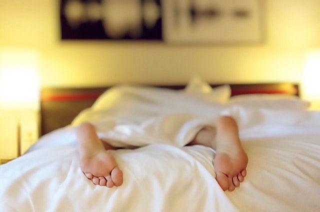 Tipps für besseren Schlaf und mehr Regeneration im Sport
