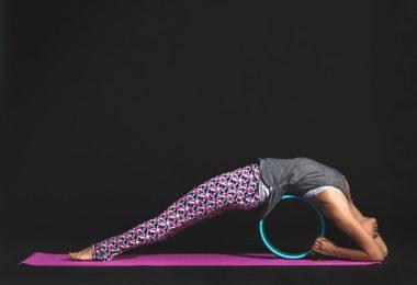 Beweglichkeit der Wirbelsäule durch spezielle Übungen verbessern