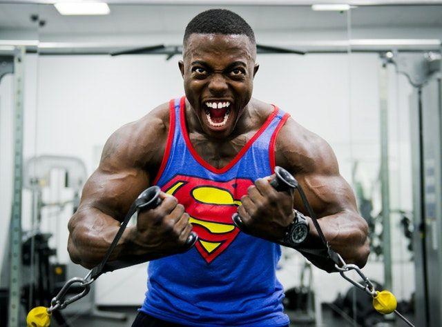 schmerzhafte Methoden & Techniken für den Muskelaufbau