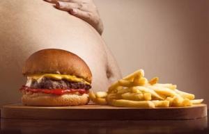 Fastfood als Risikofaktor für zu viel Bauchfett